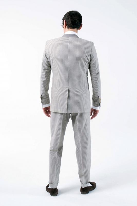 Anzüge in Beige für Männer. Herrenmode in Beige bei